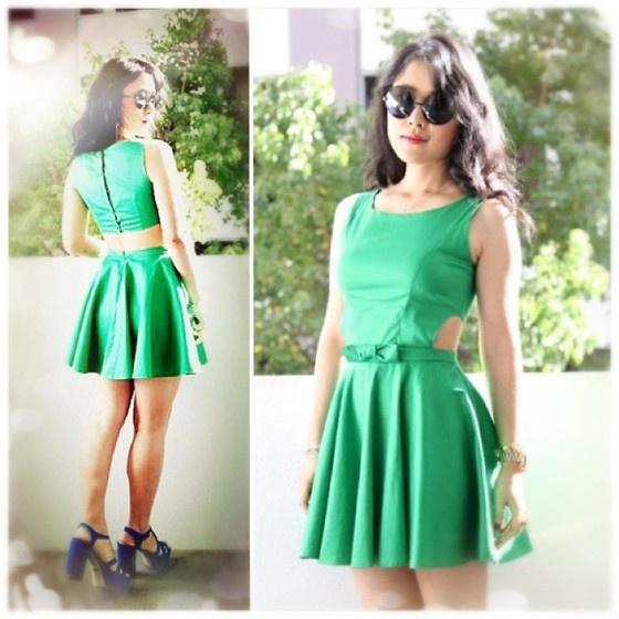 Green Dress $55    http://www.ebay.com.au/itm/261011246364