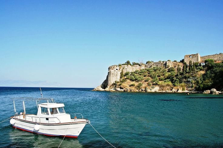 In the area of Messinia is located Koroni.