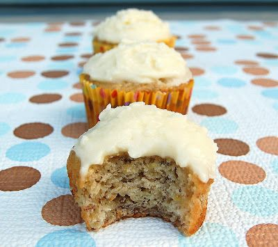 Banana Cupcakes with Vanilla Frosting--A sweet way to give over ripe bananas a second chance.: Frostings, Vanilla Frosting Recipes, Party'S, Banana Cupcakes, Food, Parties, Banana Bread, Overripe Bananas, Constantly Whipping