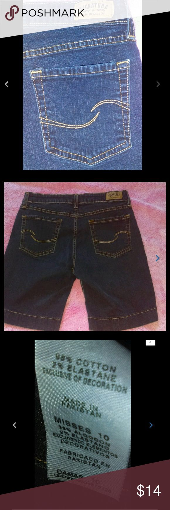 stretch dark wash denim Bermuda jeans shorts Levi's ladies size 10 stretch dark wash denim Bermuda jeans shorts Levi's Shorts Jean Shorts