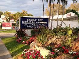 Dr. Sharon Glass, DVM integrative vet at Family Pet Medical Center in Ft. Lauderdale, Florida http://www.familypetmedicalcenter.com/ http://www.bestcatanddognutrition.com/roger-biduk/list-of-over-900-u-s-holistic-and-integrative-veterinarians/ Roger Biduk