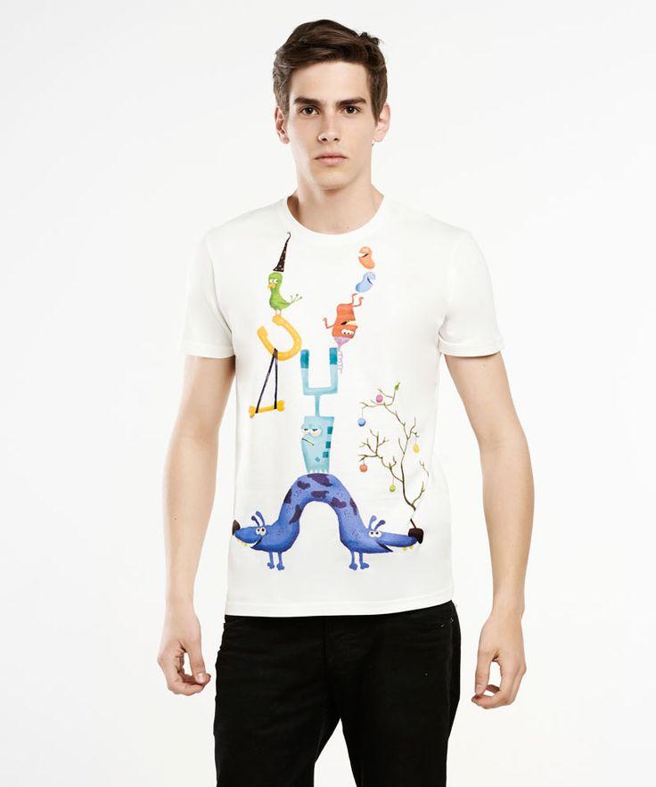 Magnetic alien t-shirt