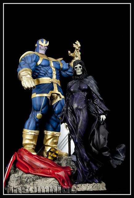 Thanos & Death.  Love.This!  I adore how they gave Death a voluptuous, curvy body.  I hate when they make her crone-like, the slammin' body almost makes you see how Thanos views her...