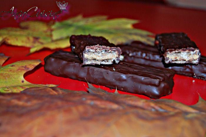 Napolitane cu unt de arahide si ciocolata