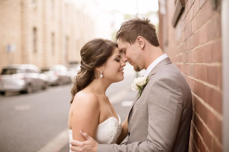 Brisbane City Wedding Ideas. www.pelizzariphotography.com.au