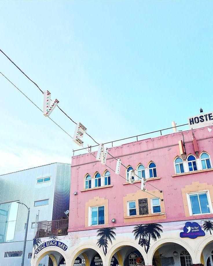 Venice Beach #GLLxUSA #GLLgoesGLOBAL #graceloveslace