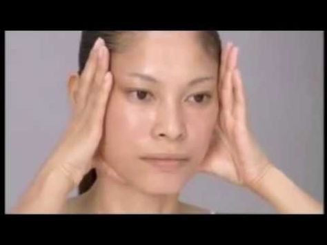 Try This Japanese Facial Massage to Look a Decade Younger