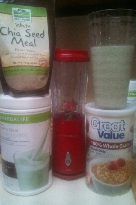 Mint Chocolate Chip breakfast! 2 scoops mint chocolate Herbalife shake mix (90 calories - 9g protein) \u00bd cup water 1 cup ice 1 tblsp chia meal (30 calories - 1g protein) 2 tblsp uncooked quick oats (80 calories - 2g protein) Total calories: 200 Total protein: 11 #weightlossquick