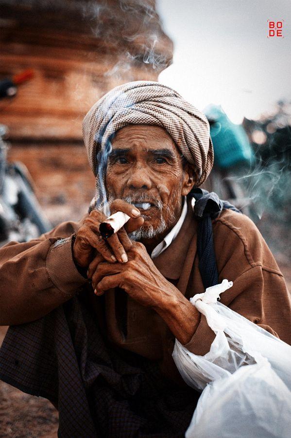 the smoker by Simon  Bode - Photo 55529408 - 500px