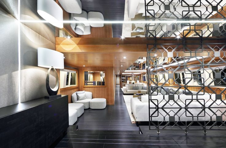 Private yacht, an interior design project by Casamilano contract division.   #casamilano #luxurylifestyle #luxuryliving #yachting #yachtlife  #yacht #Millionaire #luxuryfurniture #madeinitaly