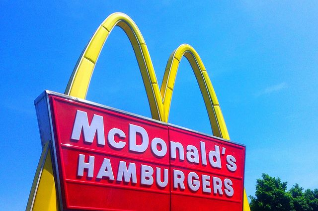 McDonald's New Advertising Proves The Fast Food Chain Really Is Evil http://ecosalon.com/mcdonalds-new-advertising-proves-the-fast-food-chain-really-is-evil-and-not-because-it-hates-kale-foodie-underground/