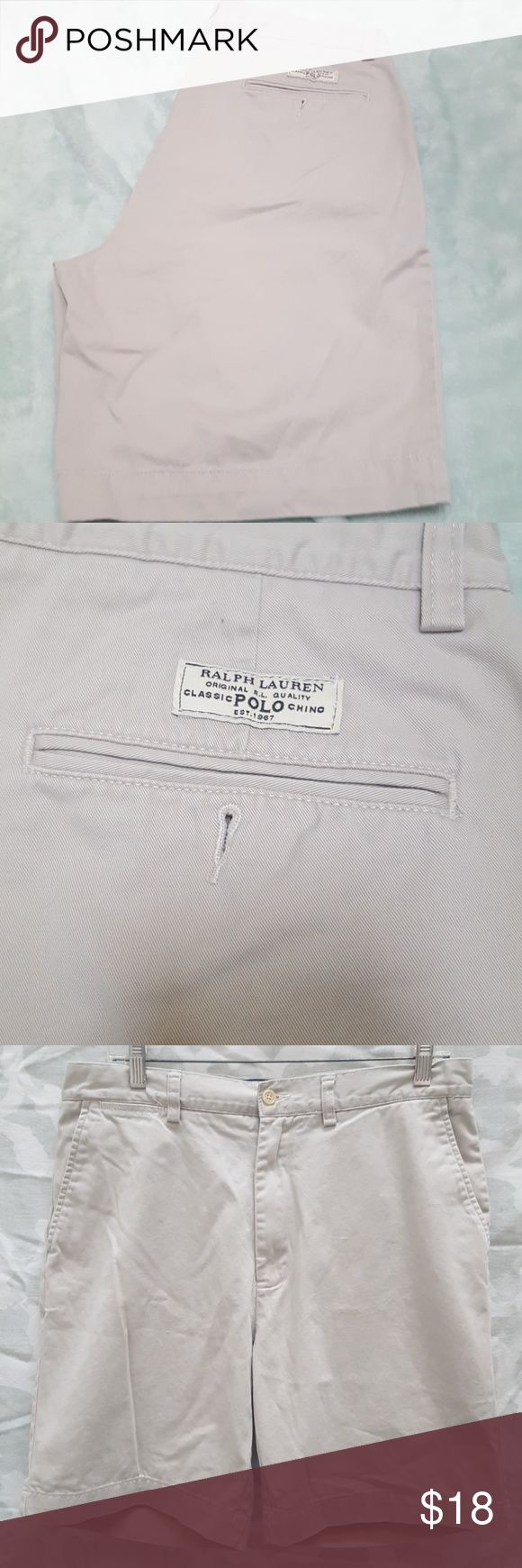 Vtg Mens Polo Ralph Lauren Classic Chino Shorts For sale is a pair of Vintage Mens Polo Ralph Lauren Classic Chino Prospect Shorts.  They are a Mens Waist Size 33  Shorts are in good used condition aside from normal wear from wash. May have if any some very minor wear. But still had lots of life left!  PRICE IS FIRM  OFFERS WELCOMED USING THE OFFER BUTTON ONLY   NO TRADES  NO LOWBALLING Polo by Ralph Lauren Shorts
