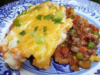 Everyday Dutch Oven Home Style Shepherd S Pie Camping