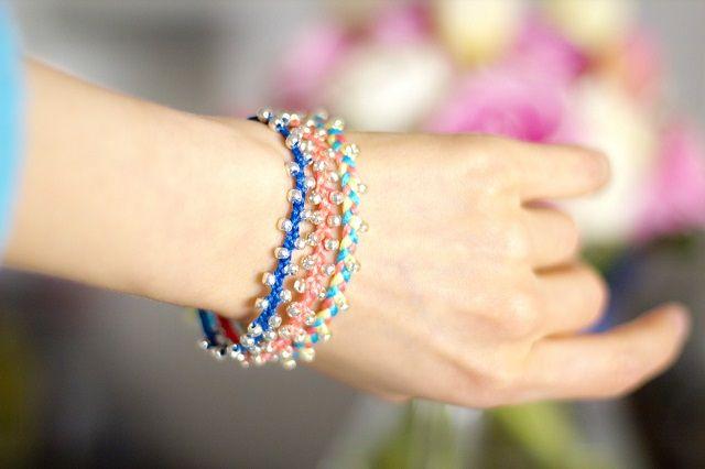 10 e più braccialetti fai da te: tutorial tutti da realizzare www.donnaclick.it - Donnaclick