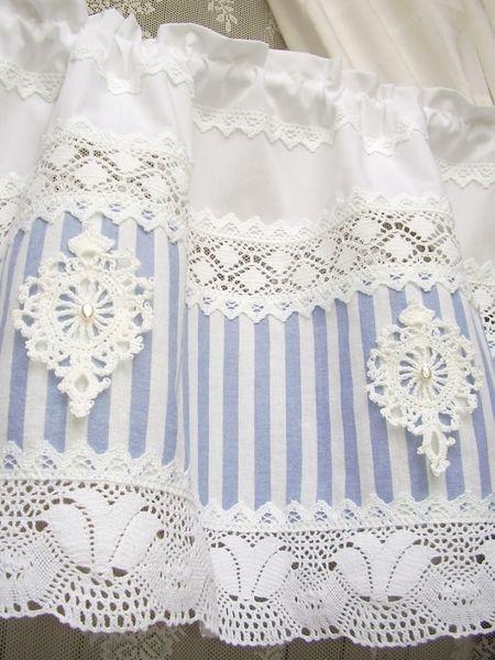 Shabby chic Landhausgardine blau Bistrogardine 48 von bluebasar auf DaWanda.com