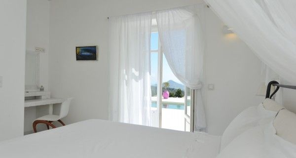 Bedroom of Moonlight Villa in Paros Greece. http://instylevillas.net/property/moonlight-villa-paros/