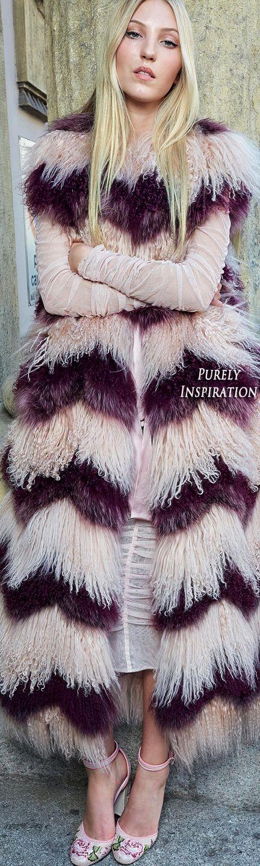 Dolce & Gabbana SS2018 Love Christmas | Purely Inspiration