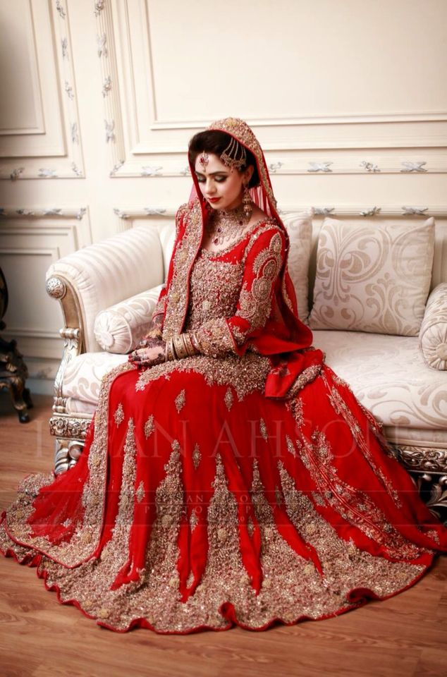 Irfan Ahson Bridal lehenga red, Red bridal dress