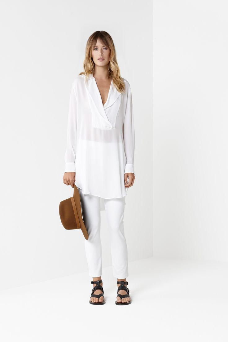 White Notched Duster White 7/8 Pant