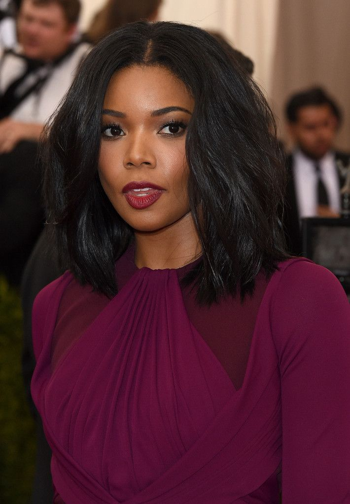 Gabrielle Union usually goes for a natural look, but I love this vibrant makeup on her skin