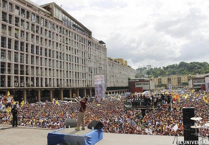 Capriles Radonski inscribió su candidatura ante el CNE #hayuncamino: Amount, Best For, Cne Hayuncamino, Candidatura Ants, Inscribió, Caminando Juntos, Juntos Por, Futuro Mejores, Caprile Radonski