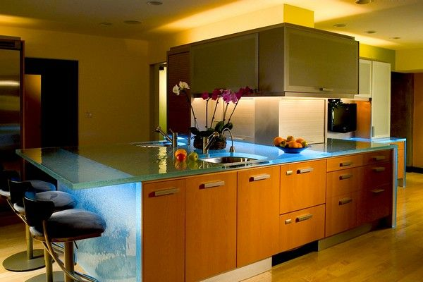 Have a cool kitchen will surely make home decoration became increasingly comfortable and stylish. We can start plan a kitchen makeovers by using a variety of fashionable furniture such as cool LED glass table that comes from ThinkGLass collection. ThinkGlass has been unveiled at the National Kitchen Bath Show that held in Las Vegas.