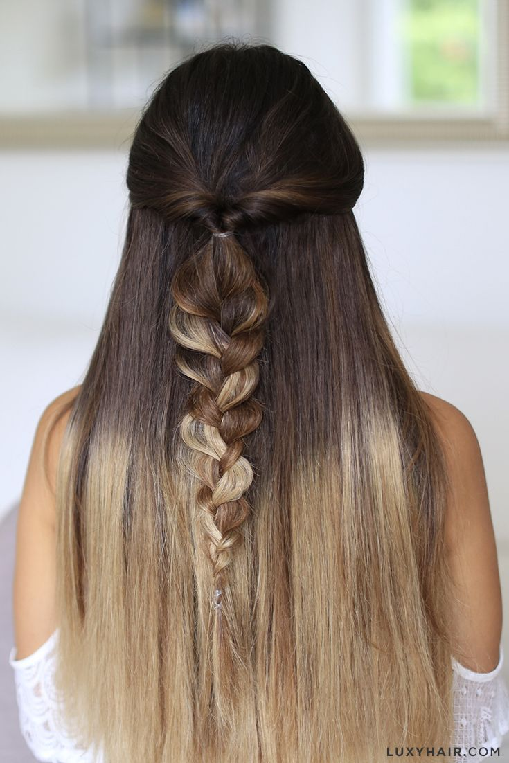 Easy and cute heatless hairstyle that takes only 1 minute to create - works for any hair type! Mimi is wearing Ombre Blonde Luxy Hair extensions in this photo for length, thickness, and color dimension in this photo.