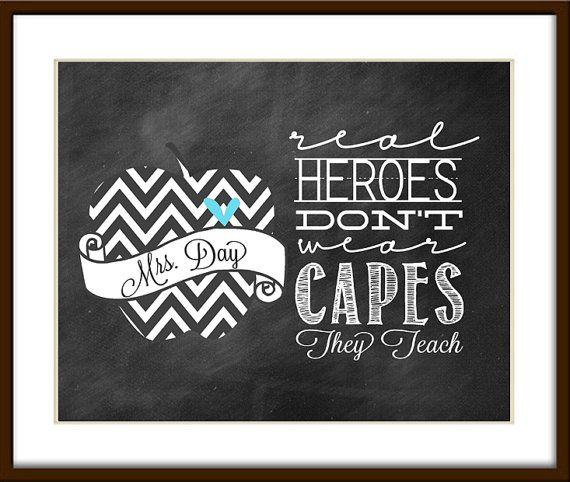 """Lehrer Geschenk - """"Wahren Helden tragen keine Capes, die sie unterrichten"""" CHALKBOARD Stil druckbare für Lehrer Geschenk - 8 x 10 JPG-Datei"""