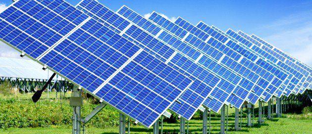 Https://k60.kn3.net/7/1/3/4/7/8/E27.gif. Hoy en día poder conseguir energía a través de los recursos naturales es cada vez más posible y son muchas las personas, que optan por elegir alimentar sus hogares a través del uso de placas solares. Por... - gabrieltarin