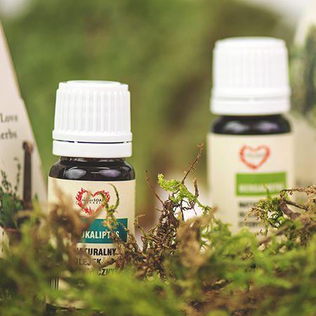 Eukaliptus, lawenda, bergamotka, pomarańcza, drzewo herbaciane i paczuli <3 http://secret-soap.com/olejki-eteryczne-206