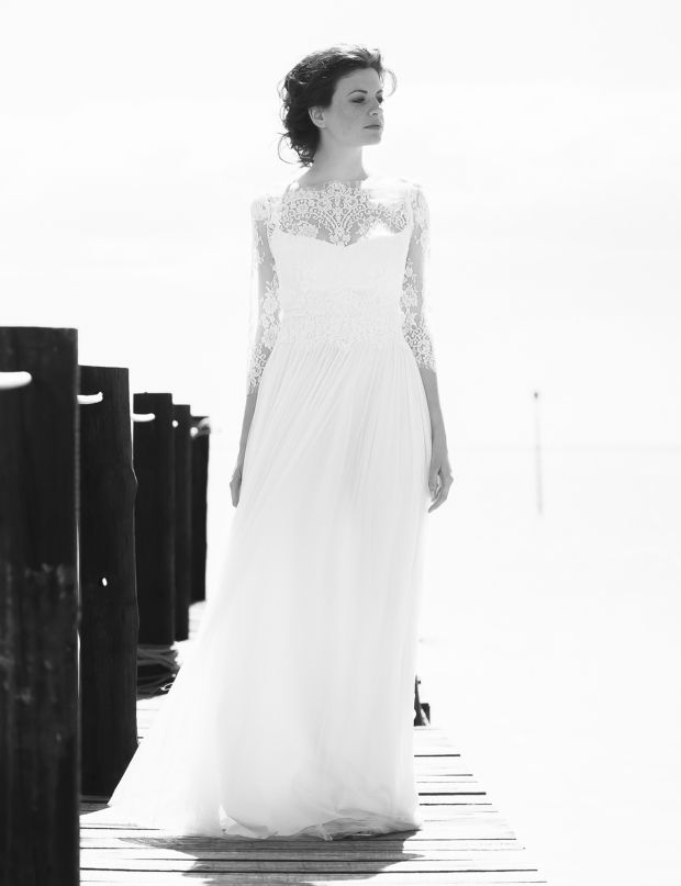 Robe de mariée en dentelle Mélange de dentelle et de tulle de soie ...