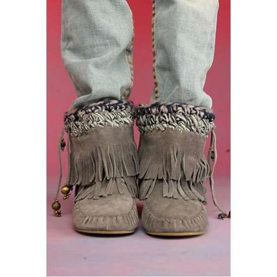 23 best images about Moccasins on Pinterest | Ugg boots, Flats and ...