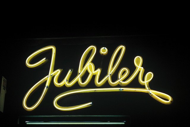 Jubiler (Jewlery chain from the socialistic period) in Warsaw, Poland. Great typography