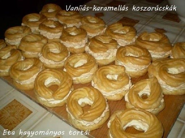 Vaníliás-karamellás koszorúcskák Eta módra. - MindenegybenBlog