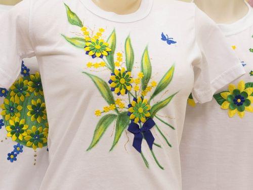 Arte Brasil   Pintura e Colagem em Camiseta Floral - Copa - Dalva Machado