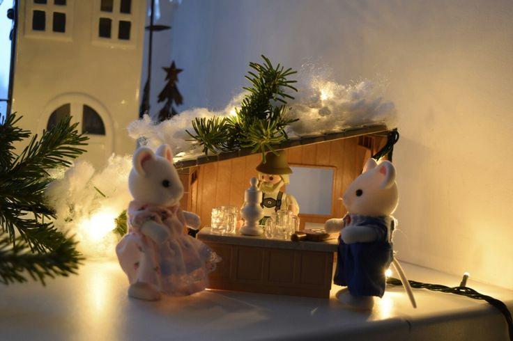 #sylvanian #diy #dollhouse #miniatures #sylvanianfamilies #mousehouse #modern #luxury #house #playmobil #christmasmarket #alpenhouse