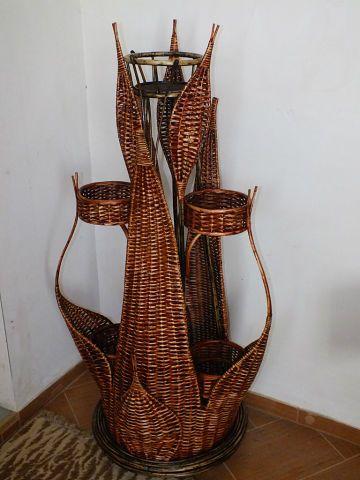 Un soporte escultural!! Que bien hecho esta!!!.