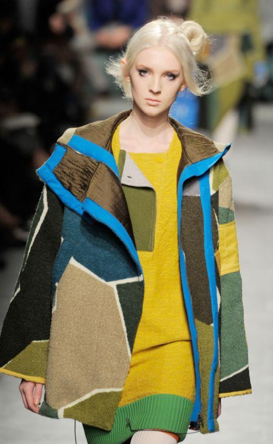 Garments with Pattern Logic