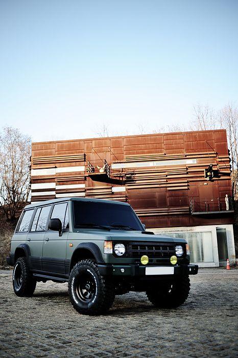 Mitsubishi Pajero -> Hyundai Galloper -> Mohenic Garages redesign - MohenicG Off-look ver. Mohenic Sand Green. www.the.co.kr
