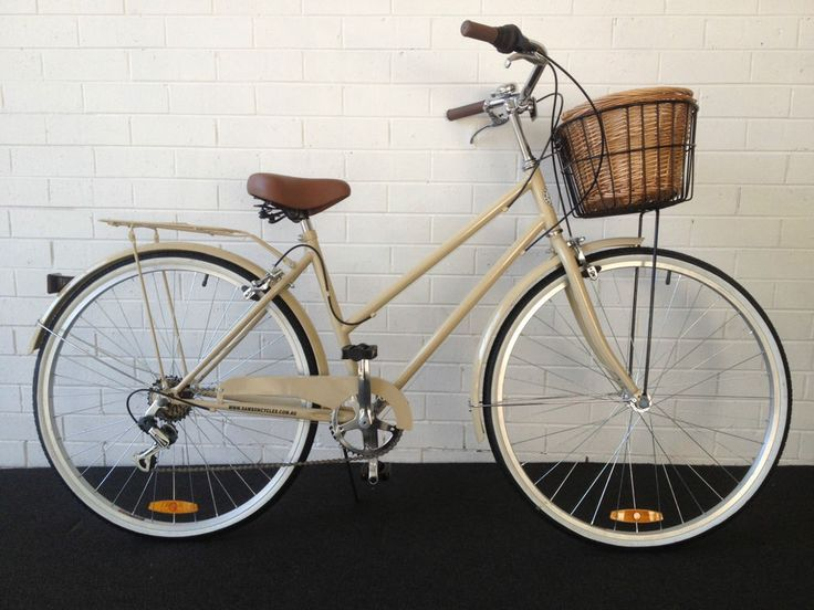 SAMSON CYCLES 6 SPEED CREAM VINTAGE LADIES BIKE( WITH FREE LIGHTS AND LOCK) in Sporting Goods, Cycling, Vintage Cycling   eBay