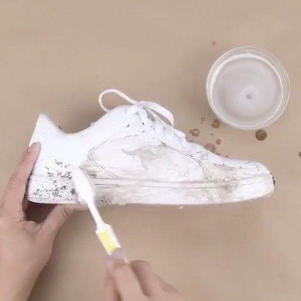 "40.4 k mentions J'aime, 257 commentaires - Diy Videos (@cooldiyvidss) sur Instagram: ""Shoe DIY's by @babyfirsttv & @blossom.diy! ✅ - @babyfirsttv @blossom.diy - Try to comment ""SHOES""…"""