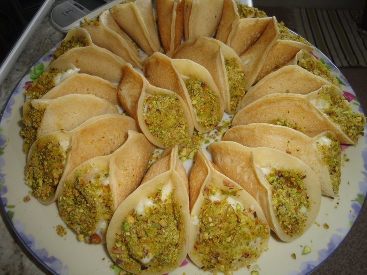 1000 images about arabic sweets and desserts on pinterest for Arabic cuisine food