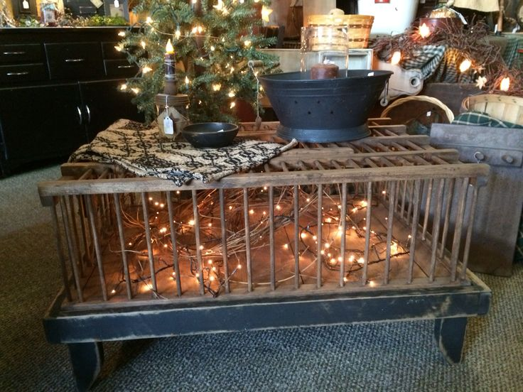 Awesome Prim Chicken crate coffee table @ the Primitive Country House! Like  us on FaceBook - 25+ Best Ideas About Crate Coffee Tables On Pinterest Wine Crate