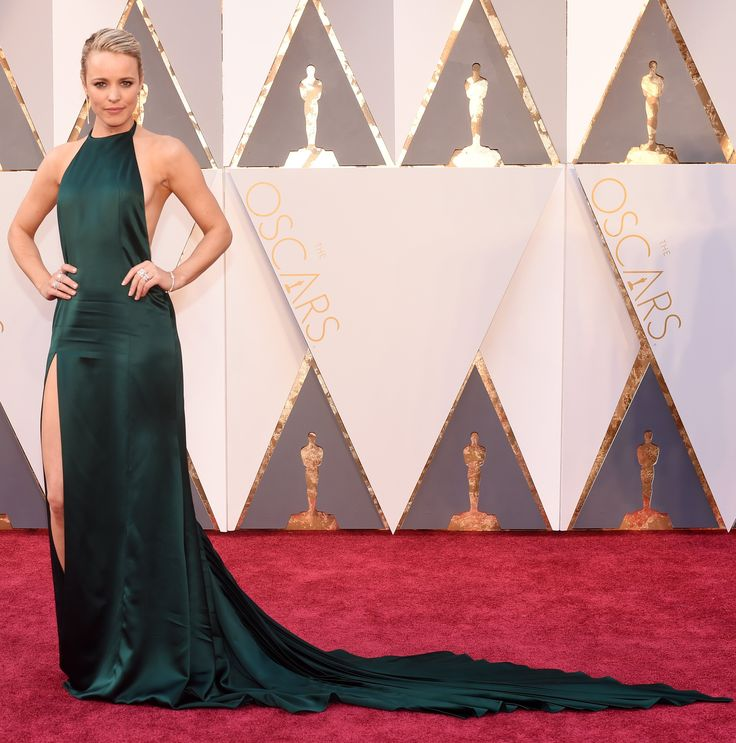 Oscars red carpet 2016: Rachel McAdams. Not into those creases unless they're an homage to the intentionally creased Spotlight wardrobe. Also the Right Leg thing is so beta and that train is going to cause issues in the loo queue.
