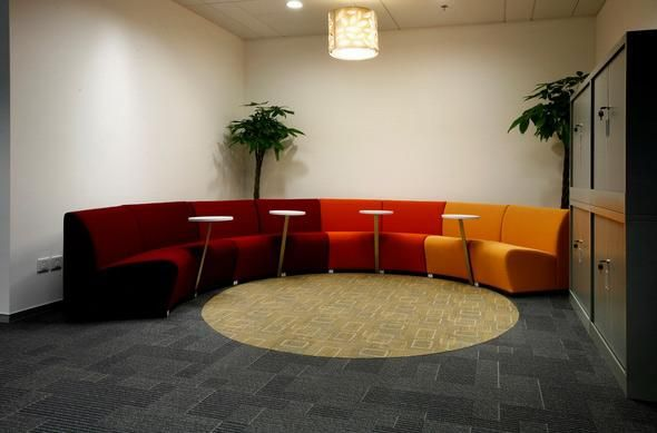 Kurve | UCI Lounge seating. Designed by Niels Gammelgaard. Four modules to create endless configurations. Optional table, fixed between seating modules. GECA certified. uci.com.au