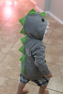 I've seen a bunch of cute tutorials on making these adorable dino-hoodies.  I wasn't able to find one that didn't use felt or that didn'...