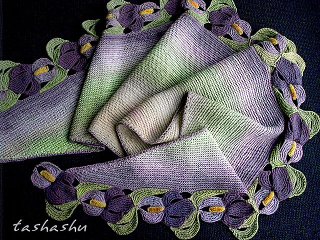 ATTENTION: For this scarf, I have divided 4-ply yarn into 2-ply. The technique is described on the fourth photo attached to the pattern page.