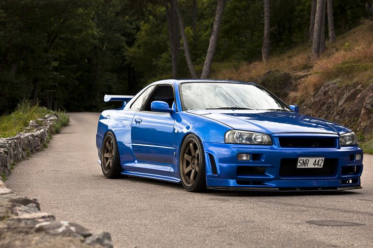 Nissan Skyline R34 GT-R!! In the awesome Bayside Blue Color.