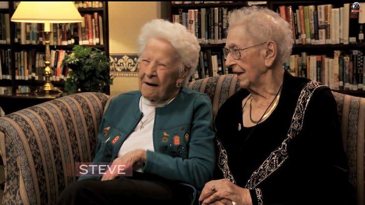 Невероятно позитивный ролик о двух 100-летних дамах, рассуждающих о селфи, Джастине Бибере и новой операционной системе.