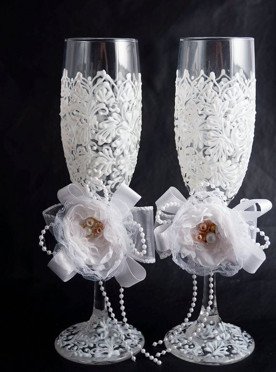 Wedding Champagne Flutes Bridal Shower Gift by LaivaArt on Etsy, $42.00 #wedding
